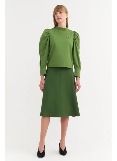 BGN Yeşil - Broşlu Büzgü Kol Bluz Yeşil